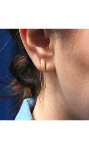 Gold Earring With Connecting Line and Chain Detail By Irena Chmura