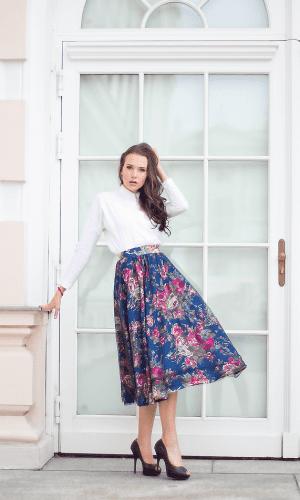 Rock Flower Skirt By Anna Netter