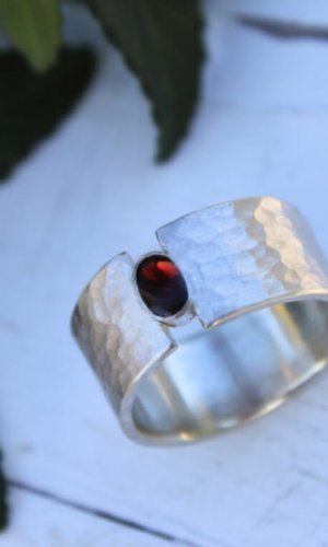 Wide Silver Ring with Garnet Detail