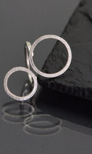 Geometric Cirlce Ring