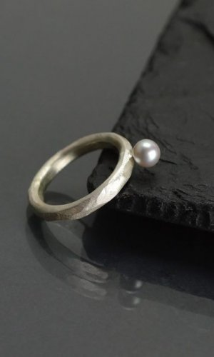 Silver Pearl Silver Ring
