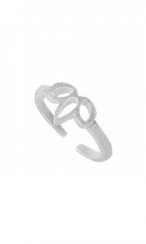 Three Leaf Ring
