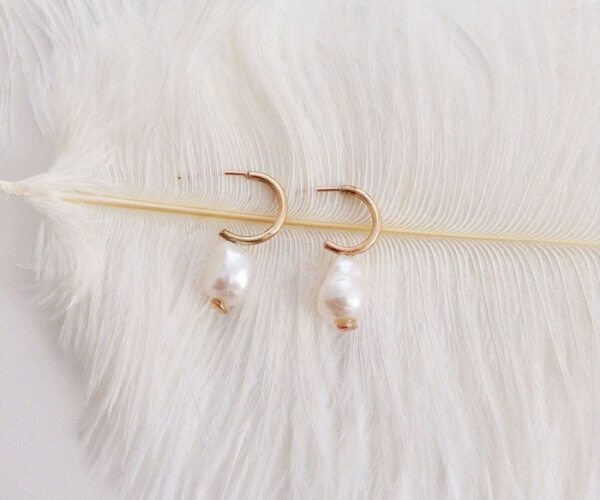 Diane baroque pearl on gold hoop earring1_preview