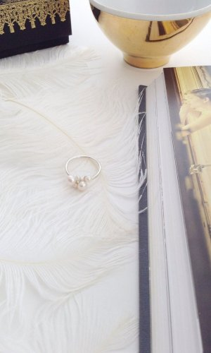 Vivien White Pearl Cluster Ring