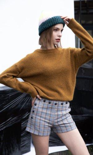 Woll blend button shorts