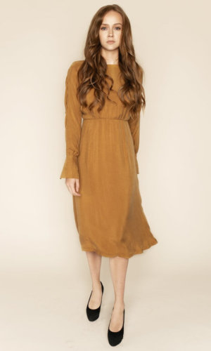 SHAY - GOLD LONG SLEEVED BACKLESS MIDI DRESS