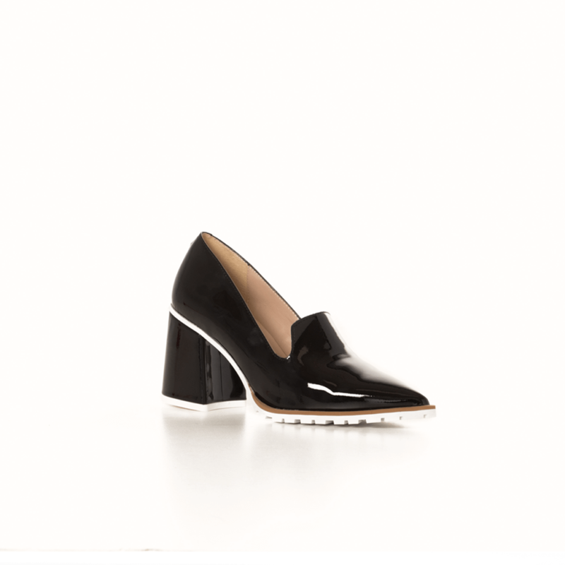 The Anna Black shoe