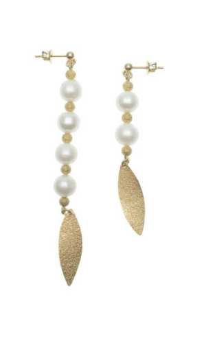 Freshwater Pearls Elongated Earrings