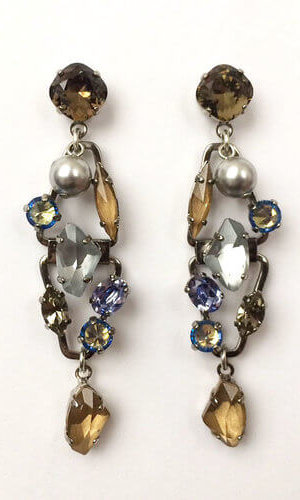 Voyager Pearl Earrings.