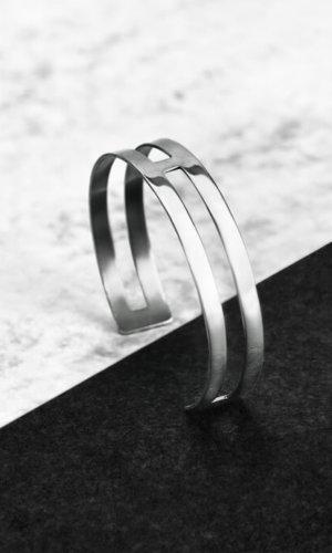 H Bracelet – Sterling Silver