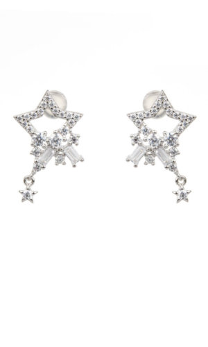 Dainty star stud earrings