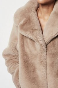 Faux Fur Jacket - Natura