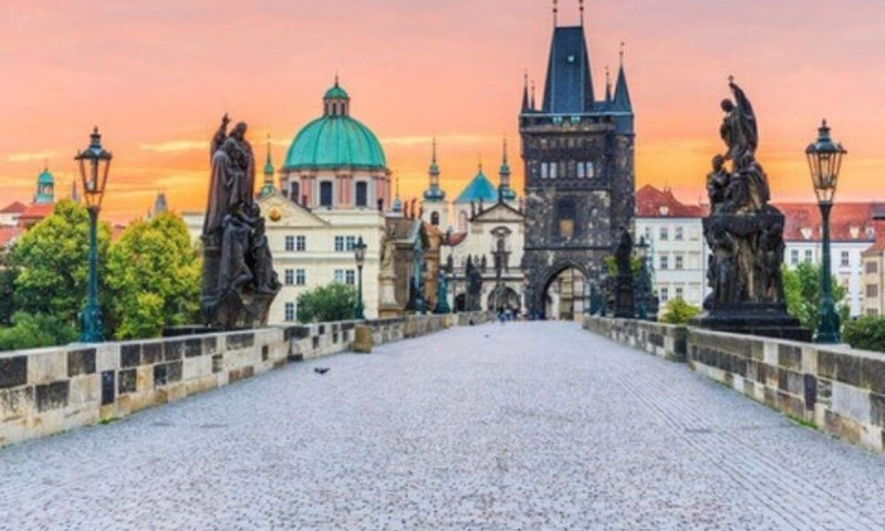 Prague Travel Image