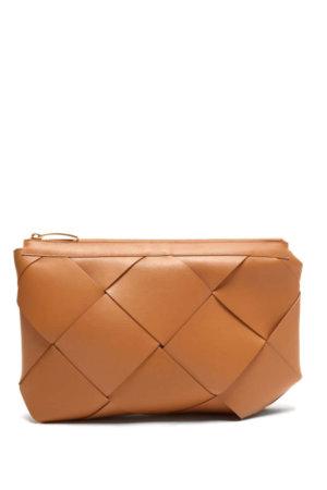 BOTTEGA VENETA Maxi Pouch Intrecciato-leather clutch
