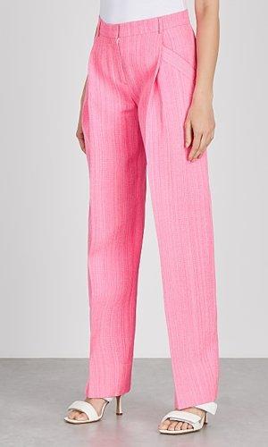 https://www.harveynichols.com/brand/jacquemus/388571-le-pantalon-loya-pink-wide-leg-trousers/p3794625/