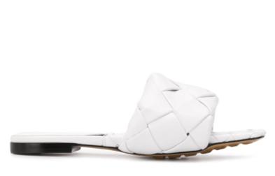 BV Lido flat sandals white