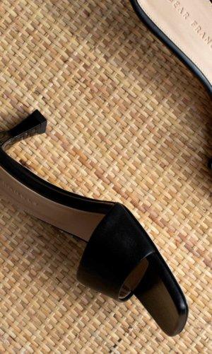 Cove heel black