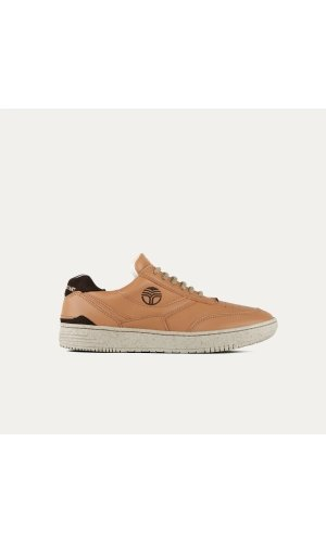 UX-68 Caramel Trainers