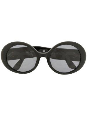 Chanel Pre-Owned CC Jackie O-frame sunglasses - Black