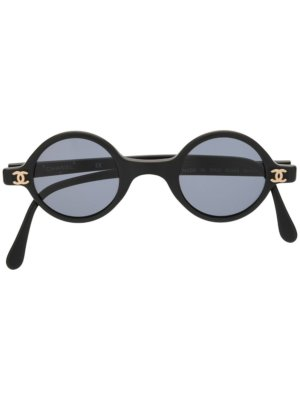 Chanel Pre-Owned CC rounded sunglasses - Black