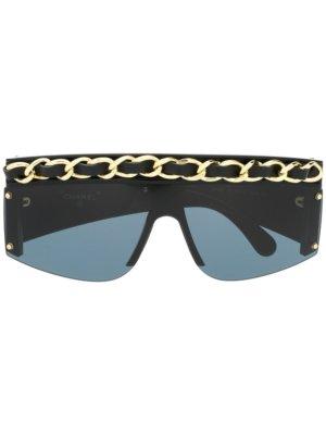 Chanel Pre-Owned chain-trim square-frame sunglasses - Black