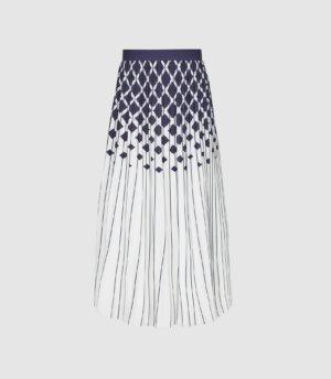 Reiss Elsa - Printed Knife-pleat Midi Skirt in Navy/Ivory, Womens, Size 18